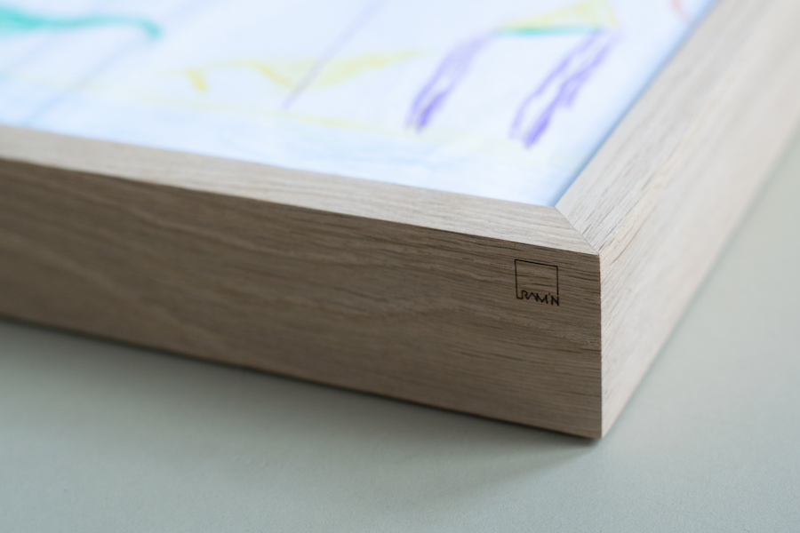 Oak frame, white