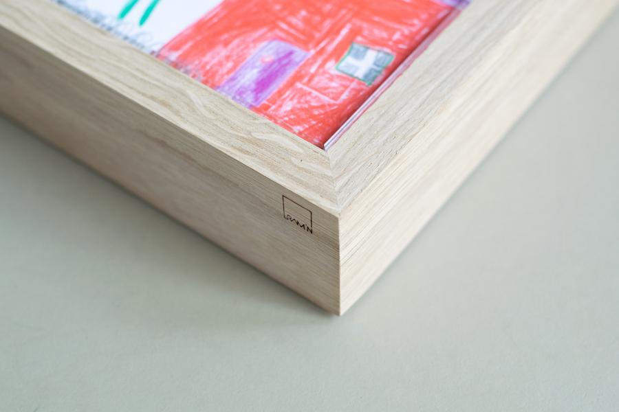 Oak frame, clear