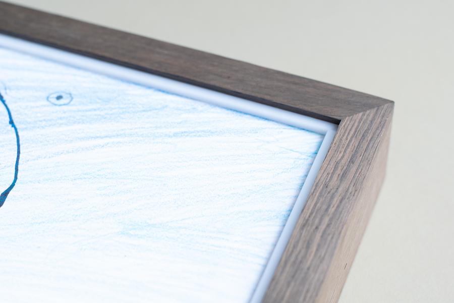 frame in smoked oak, white